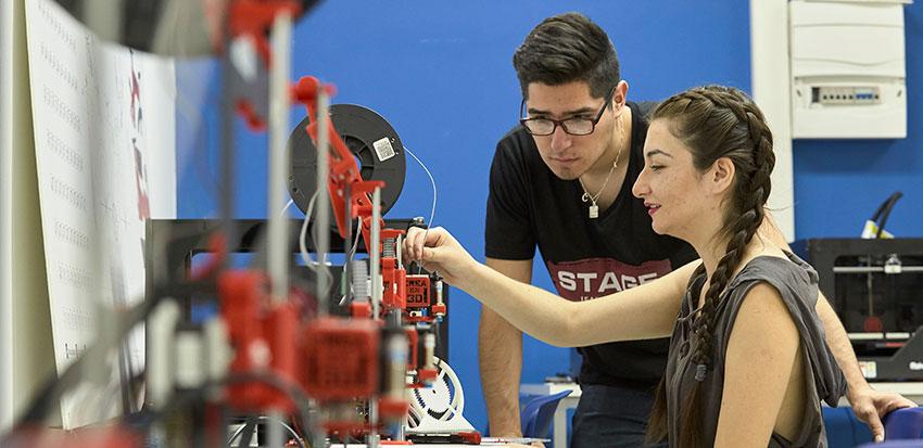 Dise o industrial facultad de humanidades y tecnolog as for Carrera de diseno industrial